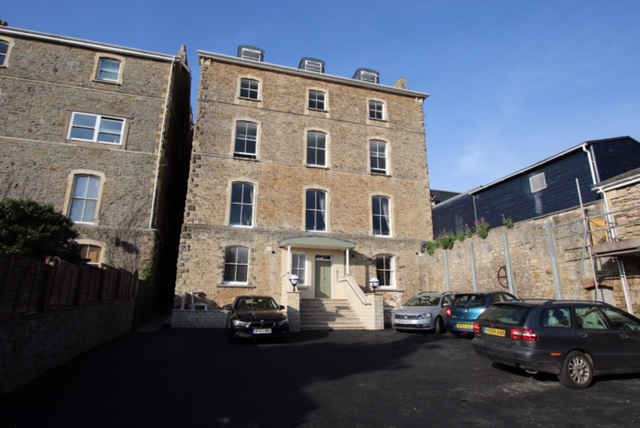 Challicoms Apartments - 10 Hill Rd Clevedon